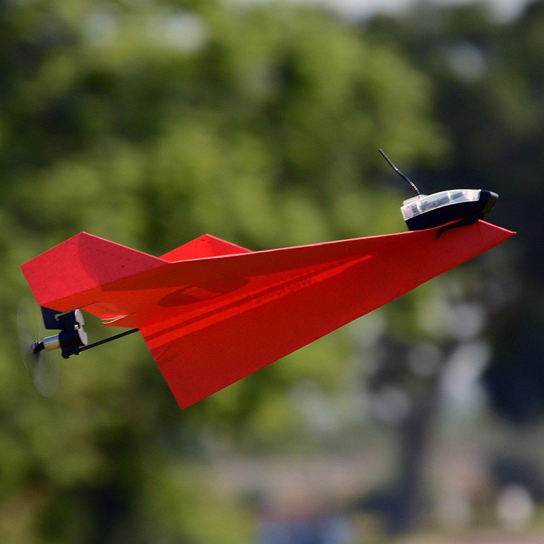Tailor Toys PowerUp, le premier avion en papier électrique !