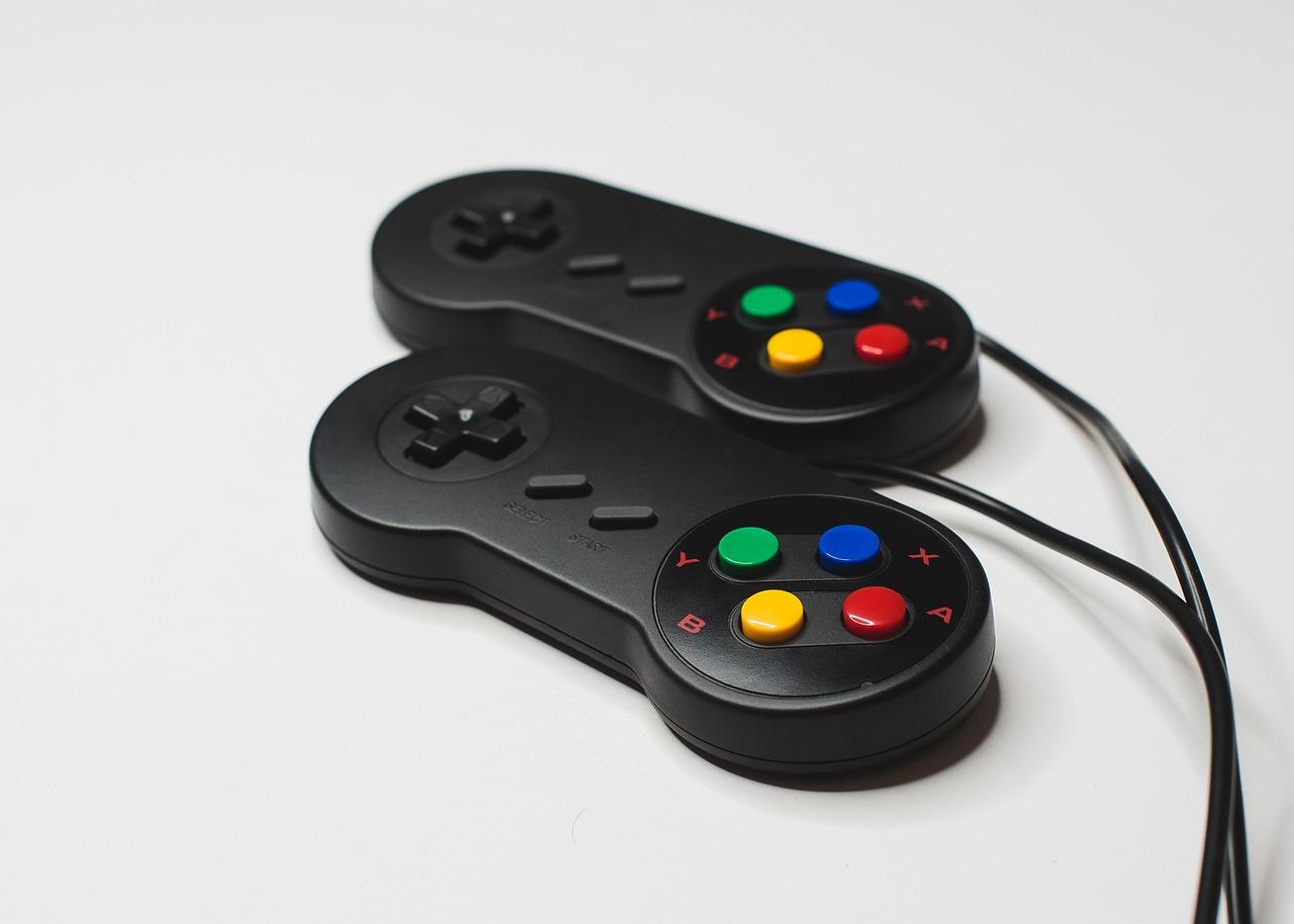 deux-manettes-playstation